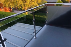 Stainless Steel with Saddle & Handrail 2