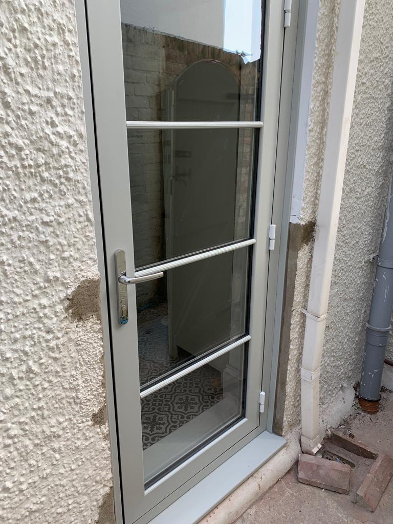 Heritage Flush door & Flush Sash Windows installed in Swansea 2